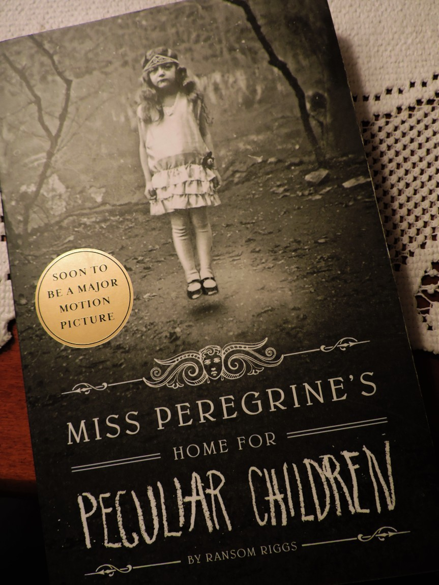 Miss Peregrine's Home for Peculiar Children by RansomRiggs