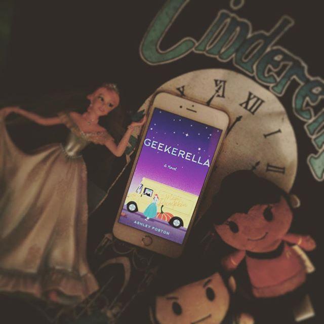 Geekerella by Ashley Poston (ARCReview)